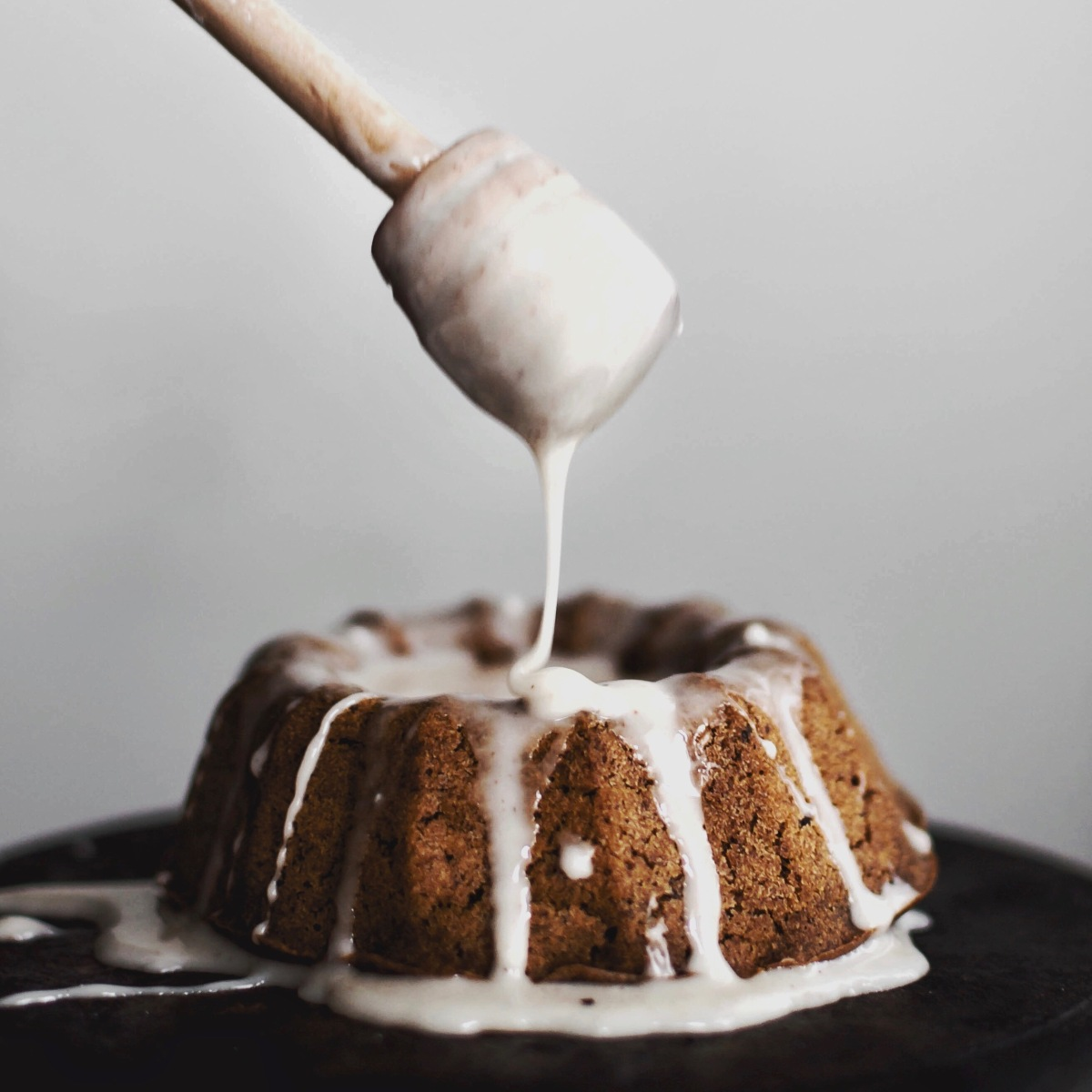 Mini Ginger-spiced Bundt Cakes